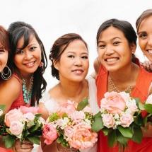 Bouquet demoiselle d'honneur corail et pivoine - Reflets Fleurs mariage