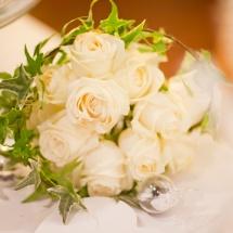 Bouquet mariée roses blanches - Reflets Fleurs mariage
