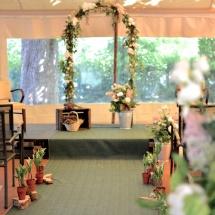 Cérémonie Reflets Fleurs muguet arche fleurs champêtre mariage