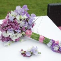 Mariage bouquet de mariée moderne rose et violine - Reflets Fleurs
