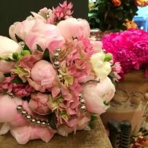 Bouquet mariée pivoines hortensia rose - Reflets Fleurs mariage