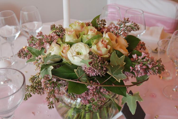 superior bouquet de table mariage 5 centre table bouquet champ tre lila mariage reflets. Black Bedroom Furniture Sets. Home Design Ideas