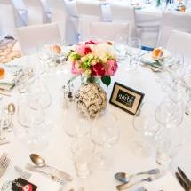 Centre table bouquet fleurs pivoine hortensia - Reflets Fleurs mariage