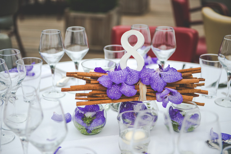 R ception reflets fleursreflets fleurs for Table qui s allonge