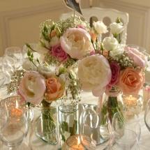 Centre table champêtre pivoine rose pêche mariage - Reflets Fleurs