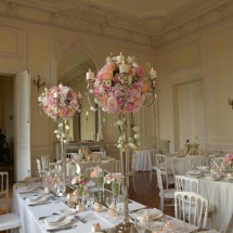 Centre table chandelier pivoine hortensia - Reflets Fleurs mariage
