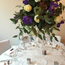 Centre table haut champêtre blanc mauve - Reflets Fleurs mariage