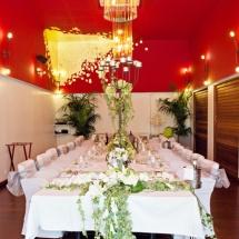 Centre de table haut chandelier ligne bouquet mariage - Reflets Fleurs