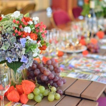 Centre table raisin bleu orange - Reflets Fleurs mariage