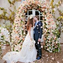 Cérémonie américaine blanc pêche - Reflets Fleurs mariage