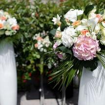 Cérémonie vase fleuri - Reflets Fleurs mariage