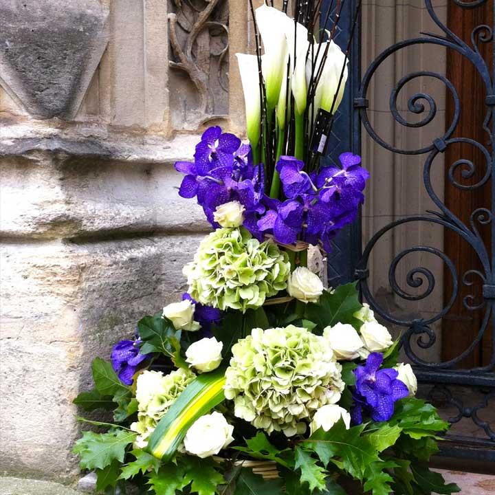 Reflets Eternel Coussin conique dans coupe ronde livraison Reflets Fleurs