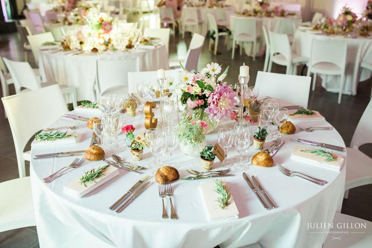 un mariage romantique, centre de table trio de vase