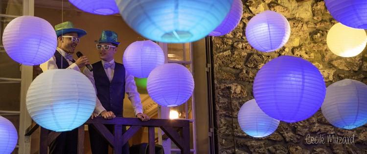 lampions-bleu-mariage-paris-rance-reflets-fleurs