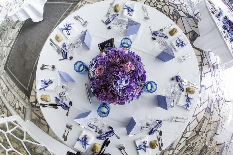 centre-de-table-boule-fleurs-mauve-mariage-reflets-fleurs-paris-france