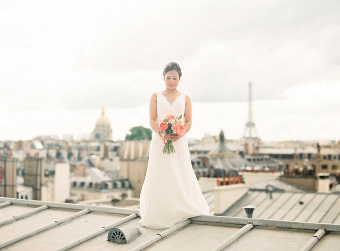 mariage-Laddavanh-Stephane-amour-love-bouquet-de-mariee-chateau-fleuriste-mariage-reflets-fleurs-paris-france-toit-de-paris-tour-eiffel