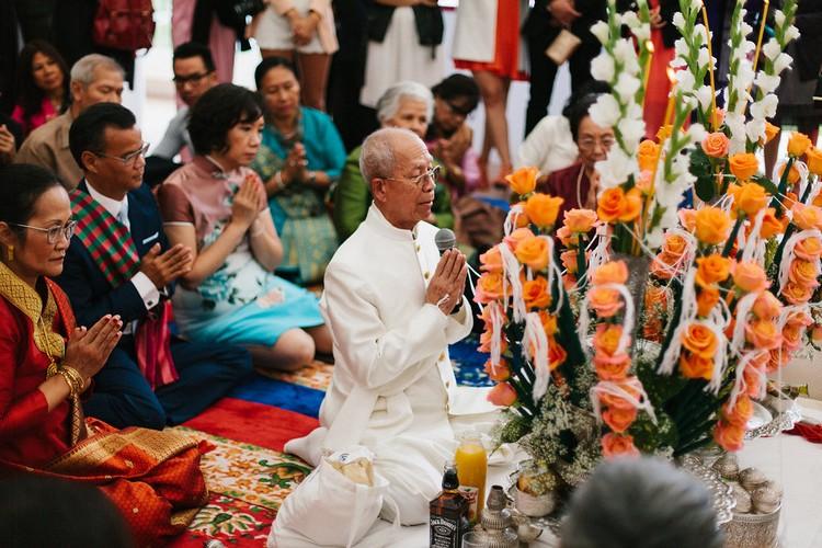 ceremonie-religieuse-asiatique-mariage-fleuriste-reflets-fleurs-paris-france
