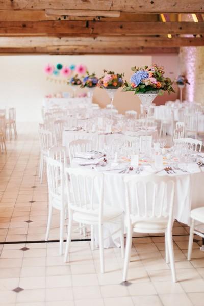 laddavanh-et-stephane-reflets-fleurs-fleuriste-mariage-paris-france-centre-de-table-martini-bleu-corail-