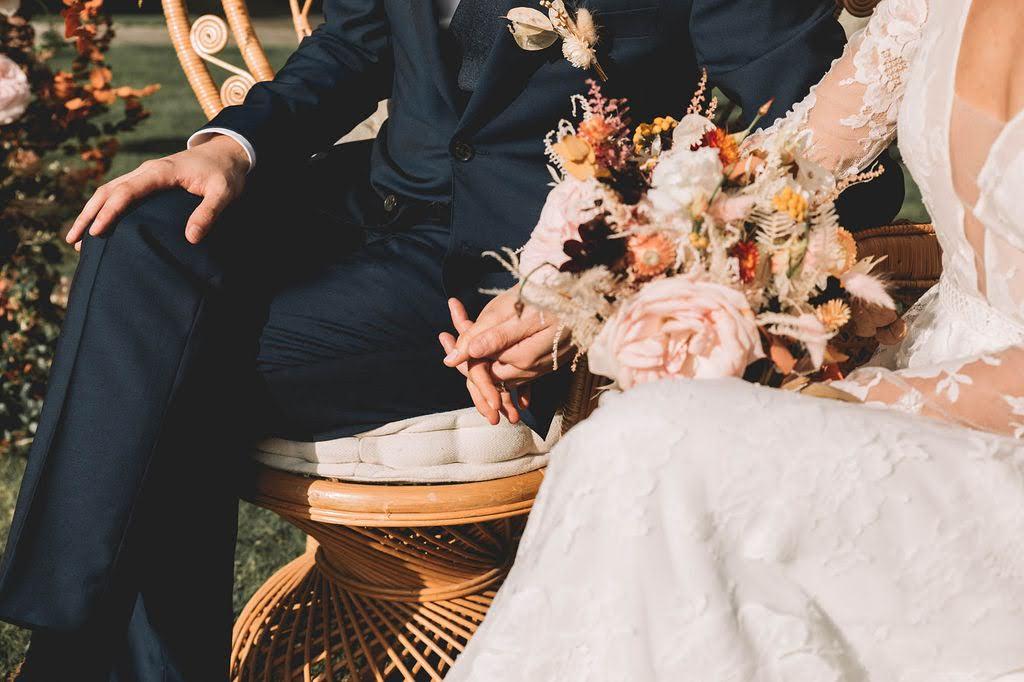 Heloise-Julien_lesbandits_BD388reflets-fleurs-vexin-